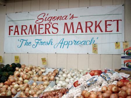 Sigona's Farmer's Market